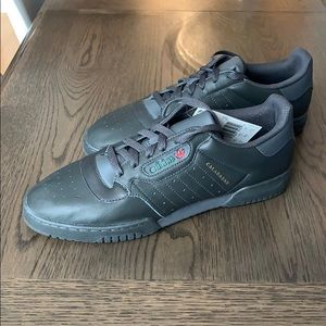 adidas YEEZY POWERPHASE - NWT, in box